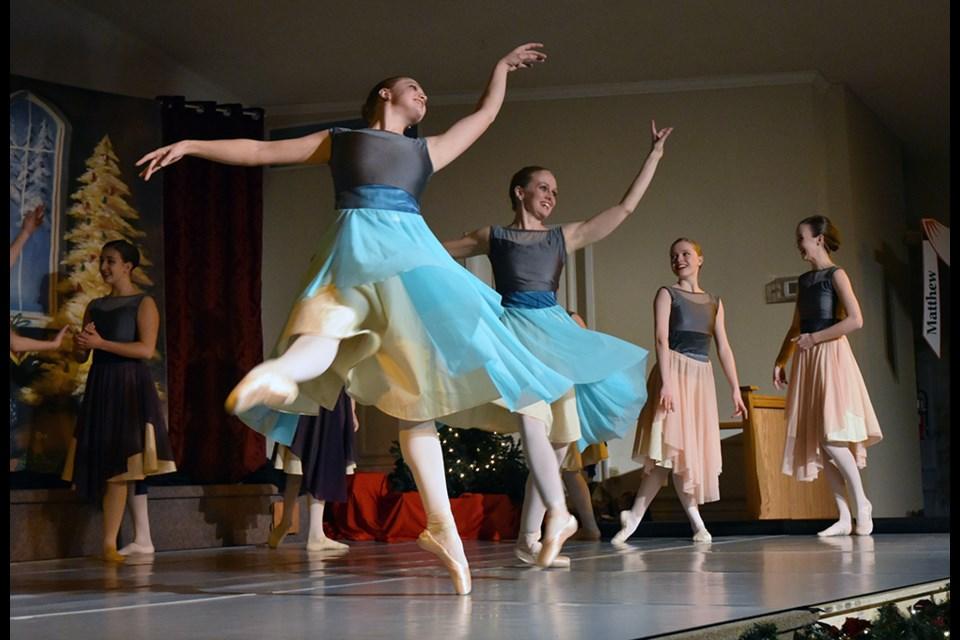Dancers with 1:11 Ministries perform at Bradford Baptist Church, Dec. 1. Miriam King/BradfordToday