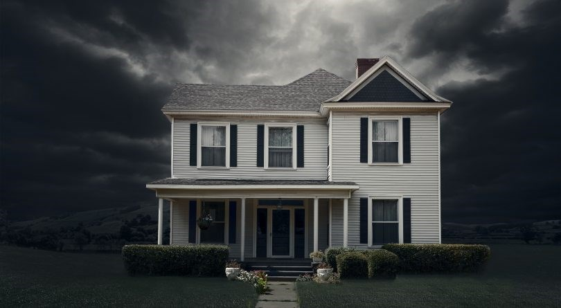 Tighter mortgage rules, combined with rising interest rates, means it's getting harder for people to obtain the large mortgages necessary to get into the market. (Photo Illustration by Ed Freeman/Getty Images)