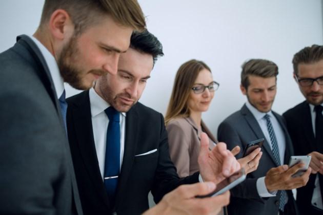 smart phone business stock