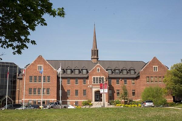 150528 Shingwauk Hall Algoma University KA
